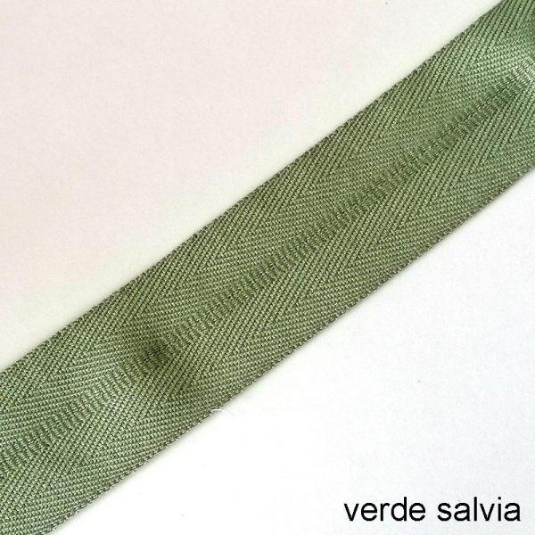 bordo tappeto verde salvia