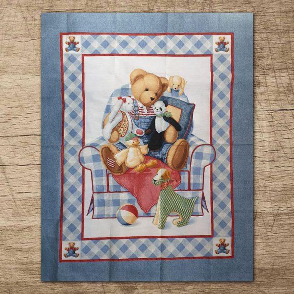 tessuto-americano-orsetto-sul-divano